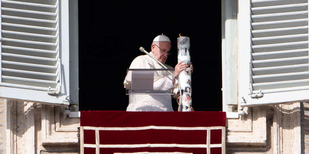 POPE FRANCIS,CANDLE,SYRIA