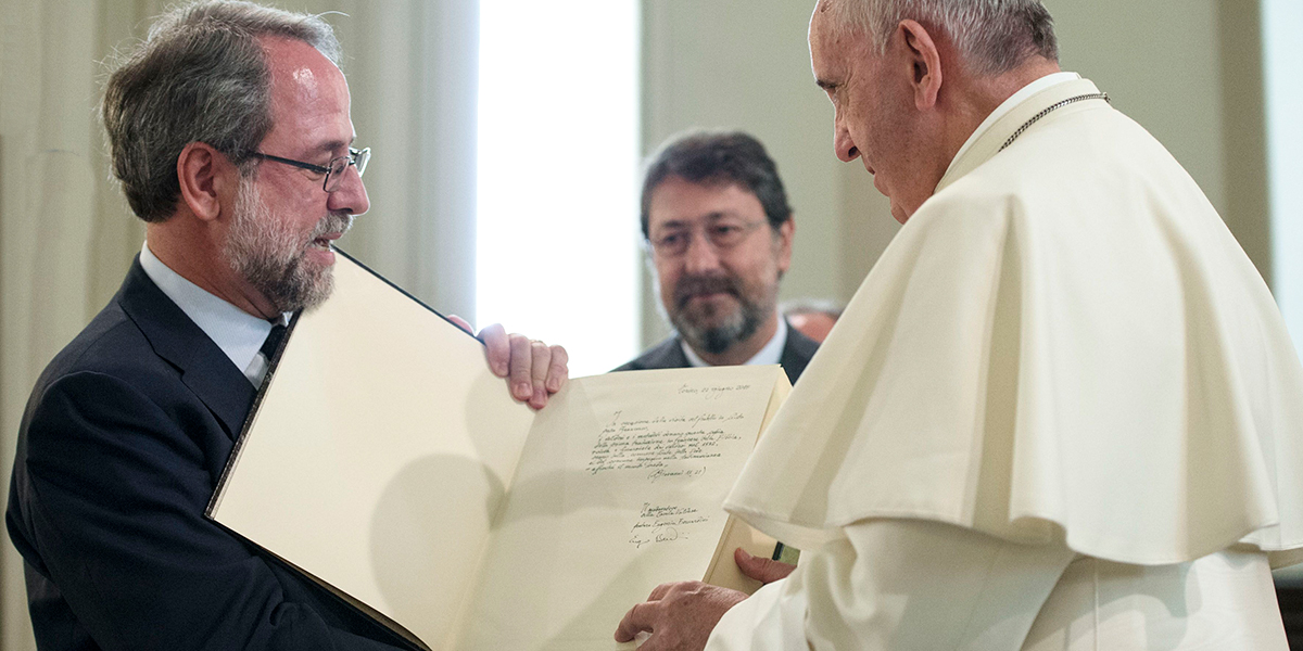 POPE FRANCIS,BOOK
