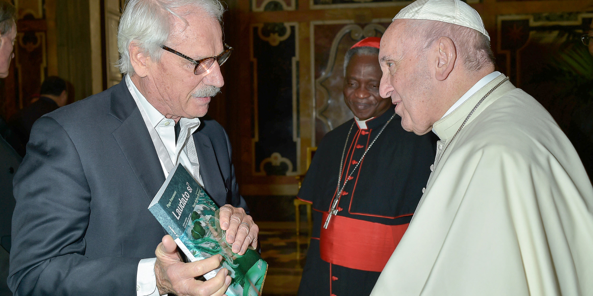 YANN ARTHUS BERTRAND POPE