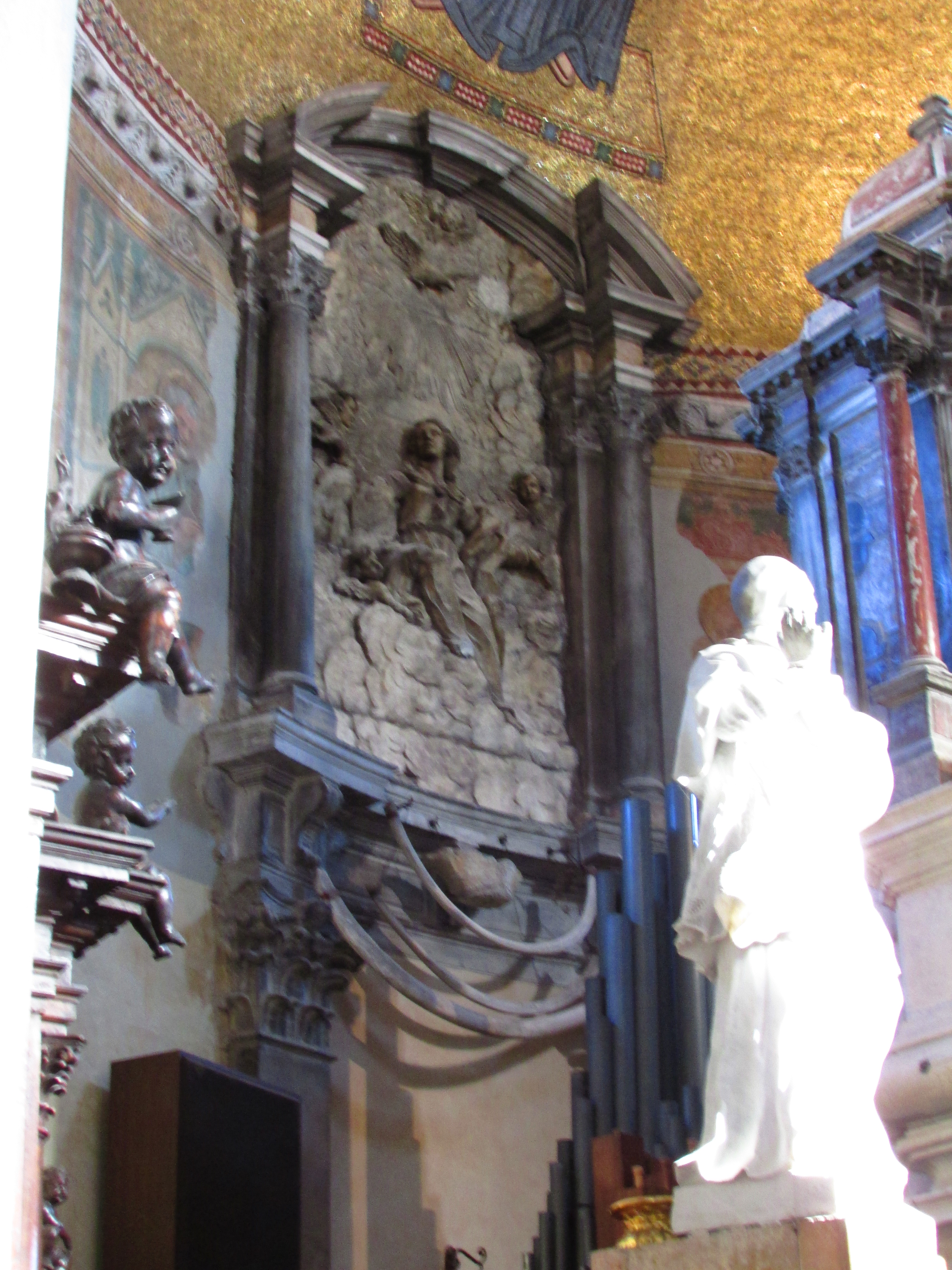 Santa Maria e San Donato; dragon