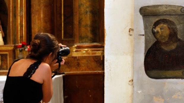 ECCE HOMO,PHOTOGRAPHER