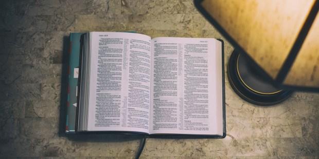 OPEN,BIBLE