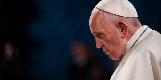 POPE VIA CRUCIS COLOSSEUM