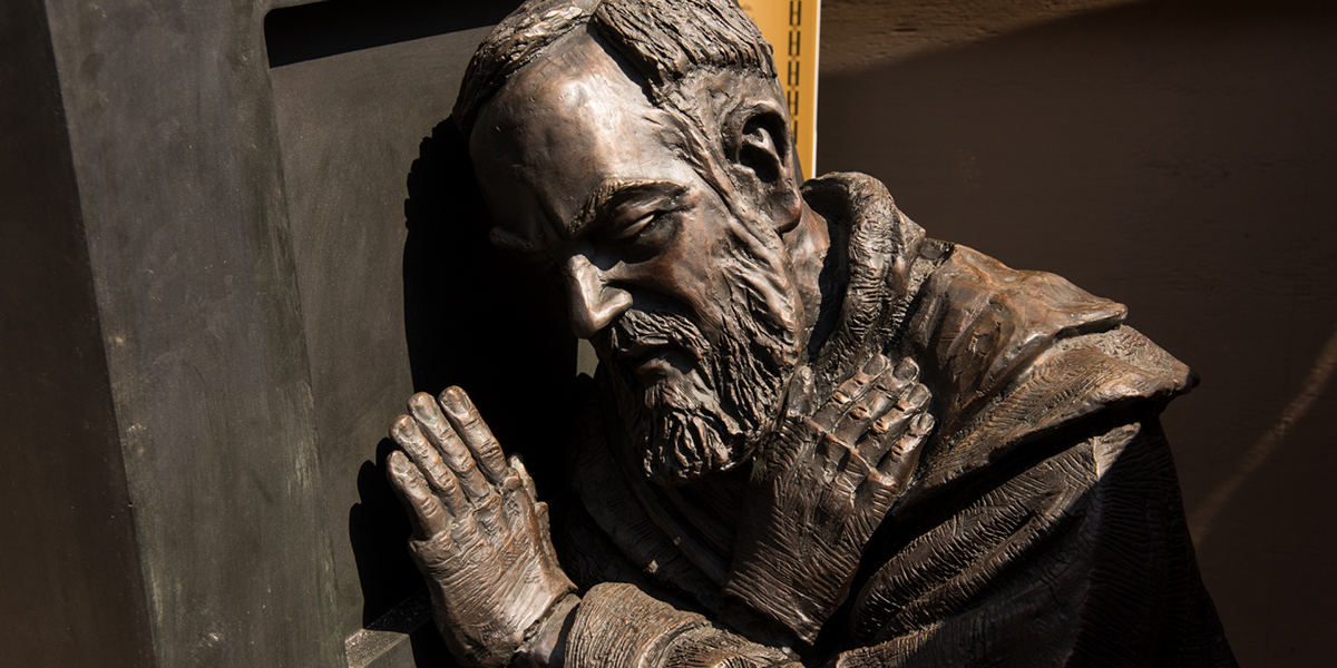 PADRE PIO,I ABSOLVE YOU