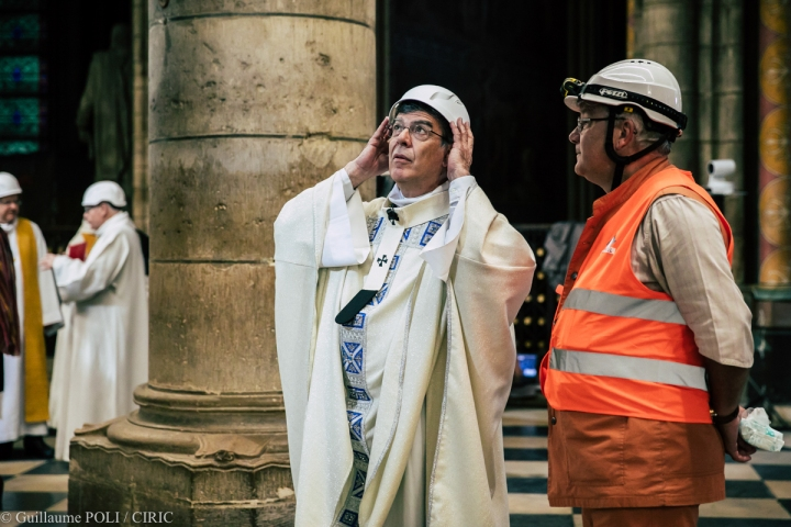 First mass celebrated in Notre-Dame Cathedral