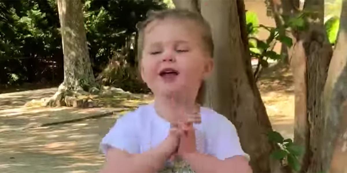 LITTLE GIRL PRAYER