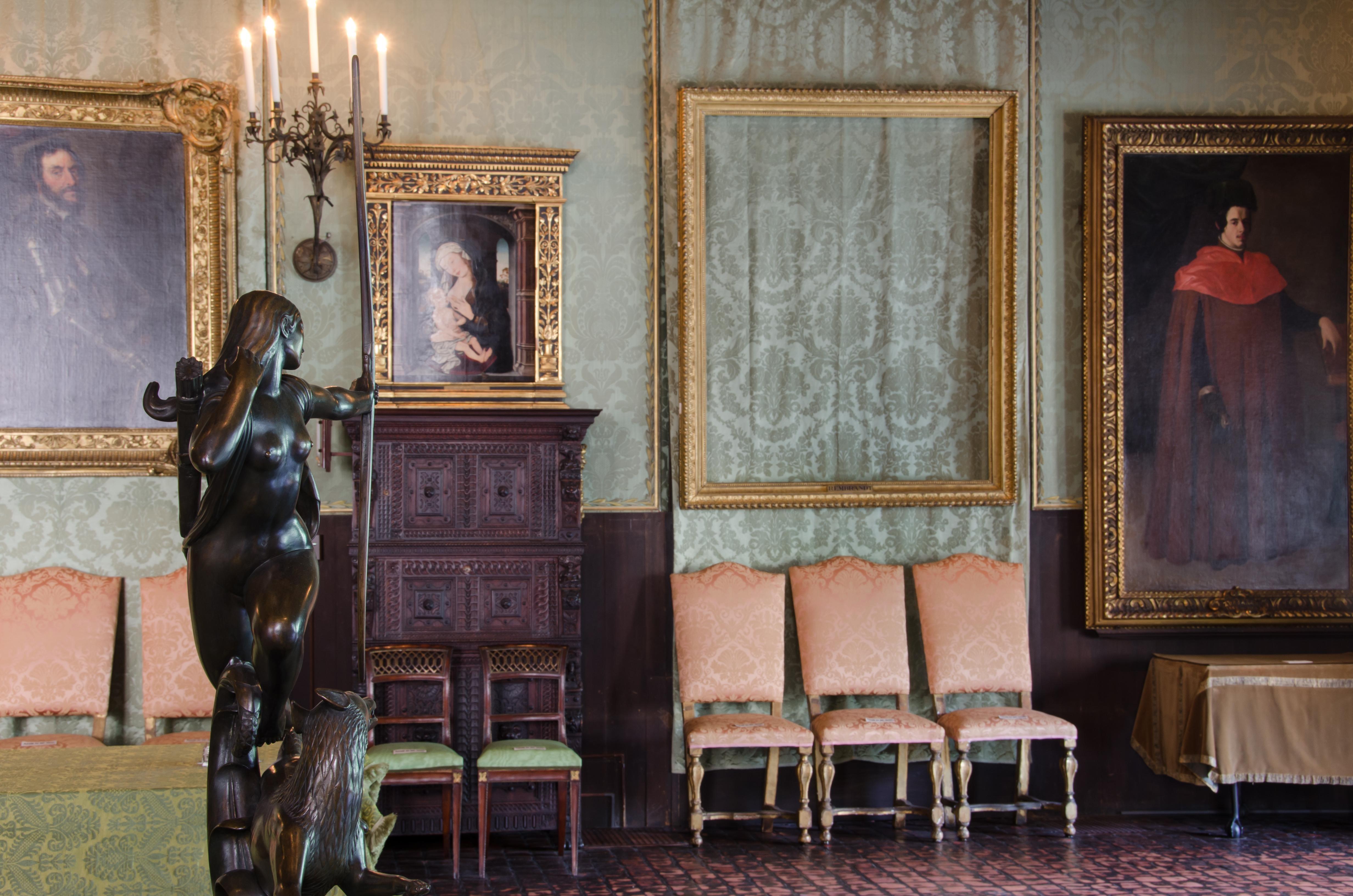 STOLEN PAINTINGS; EMPTY FRAMES; ISABELLA STEWART GARDNER MUSEUM