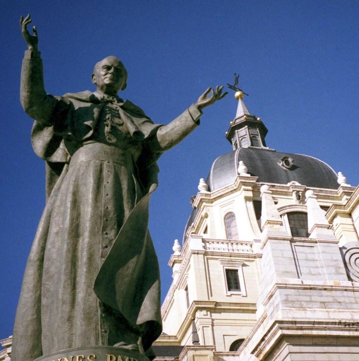 JPII STATUE; MADRID