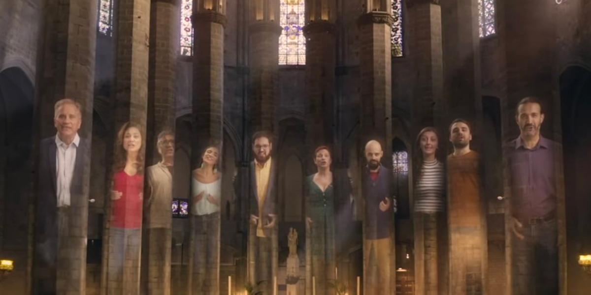 352 singers perform Handel's Hallelujah Chorus in spectacular pandemic style