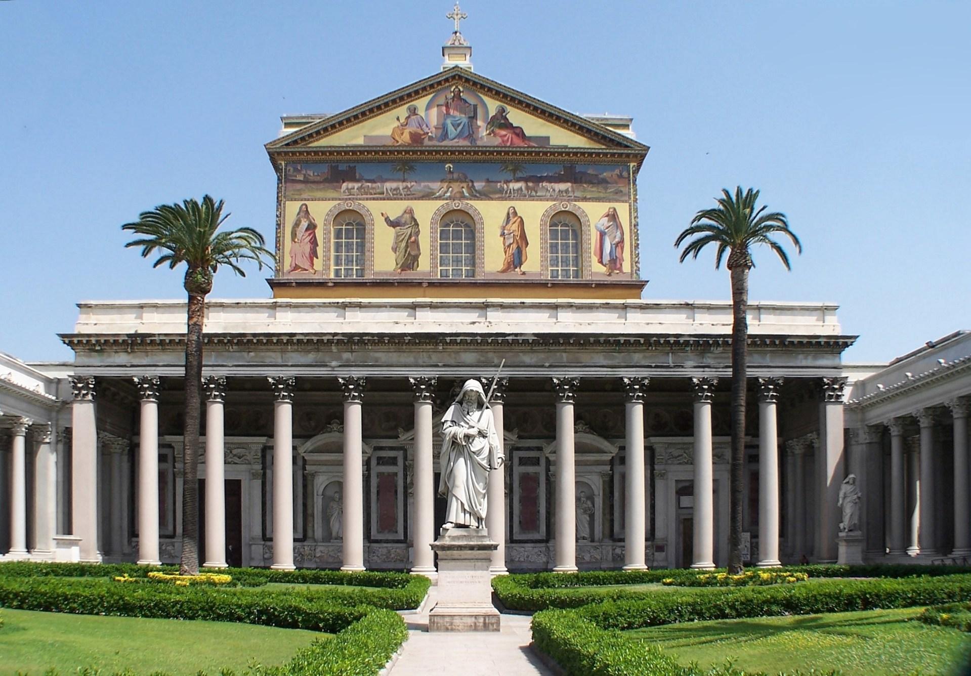https://wp.en.aleteia.org/wp-content/uploads/sites/2/2021/01/web3-Saint-Paul-basilica-wiki.jpg?w=1920