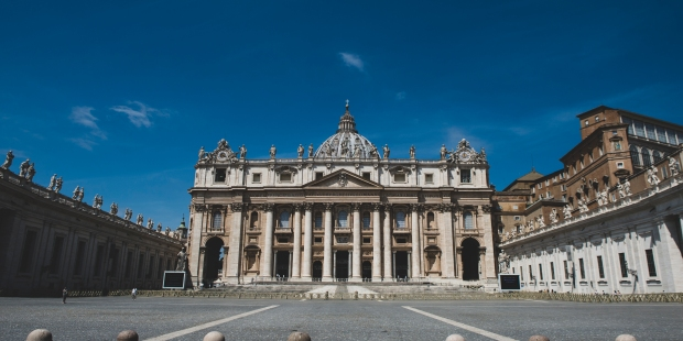 Virtually visit St. Peter's, the church built on the tomb ...