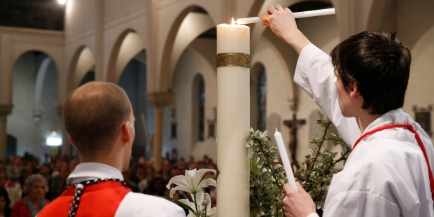 EASTER CANDLE