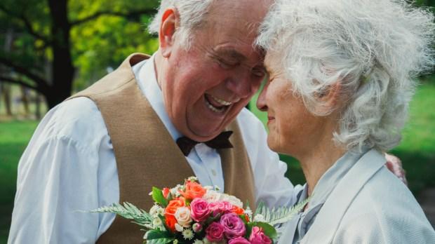 HAPPY, OLD, COUPLE