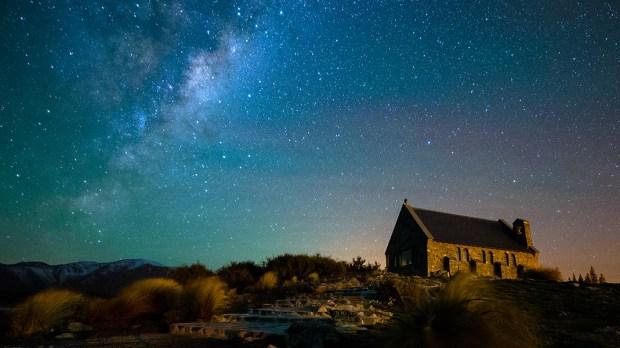 AUSTRALIA LIGHTS