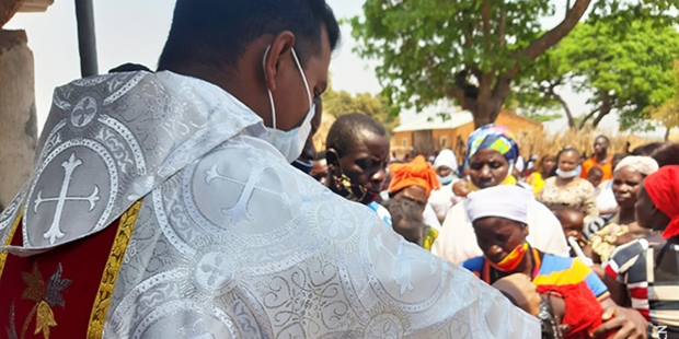 AFRICA MISSIONARIES AID TO THE CHURCH IN NEED