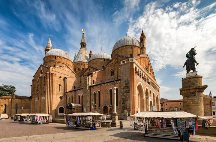 (Slideshow) Padua: In the footsteps of St. Anthony and St. Leopold Mandic