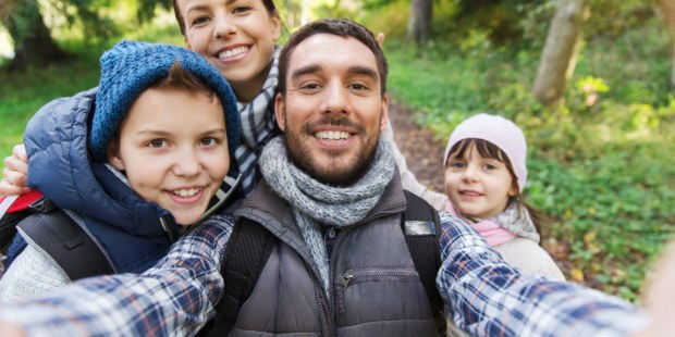 (Slideshow) 10 Inspiring reminders that Christian families are a light to the world