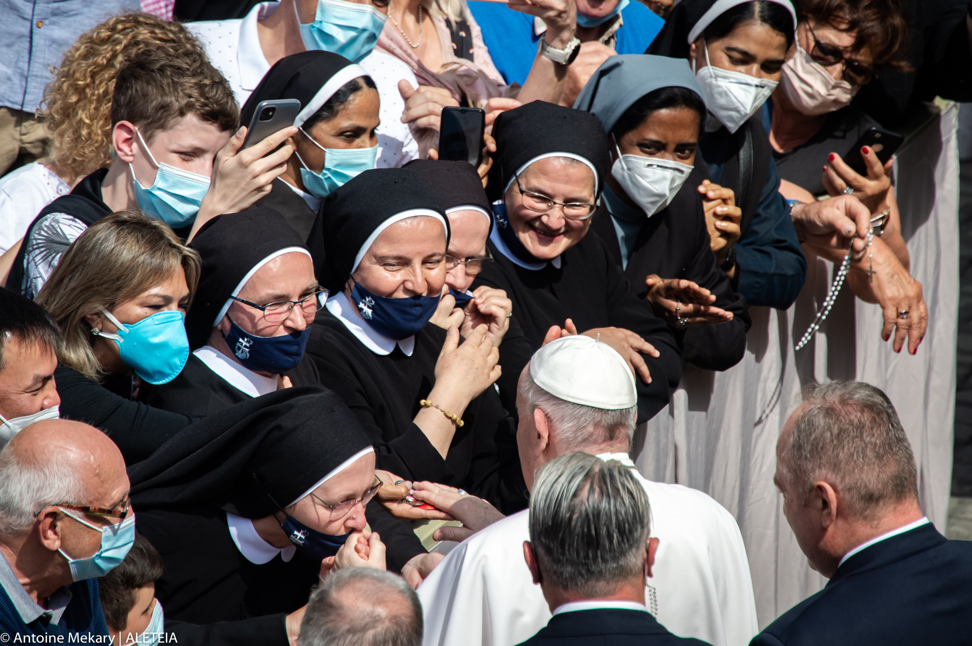 Pope: Prayer is the musical staff for the melody of life