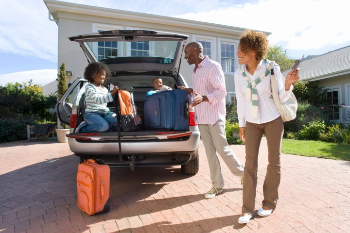 (SLIDESHOW) 10 Tips for surviving long car journeys with kids