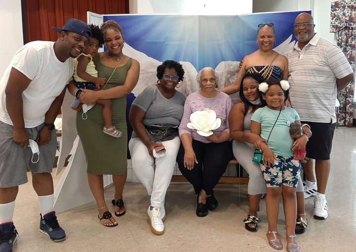 (Slideshow) Little Sisters of the Poor celebrate first World Day for Grandparents and the Elderly with a party