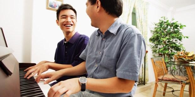 (Slideshow) 8 Ways to help your teen thrive