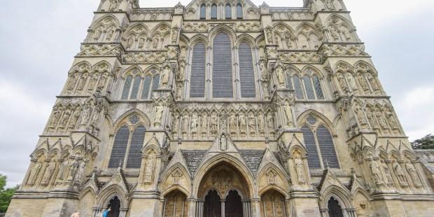 (Slideshow) A friar visits Salisbury Cathedral