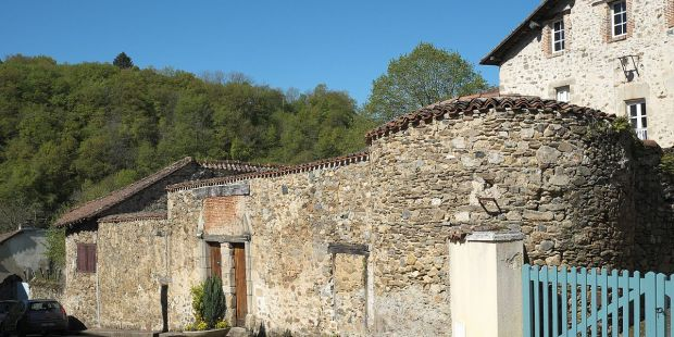 (SLIDESHOW) Benedictines return to French Solignac Abbey after 230 years