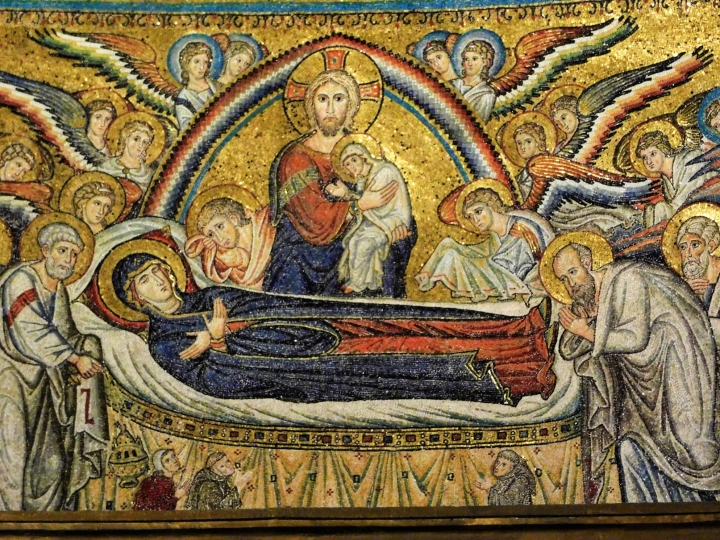 (Slideshow) Mass prep — 30 seconds/3 points: A tomb for Mary?