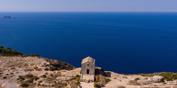 The ancient chapels of the Maltese Islands