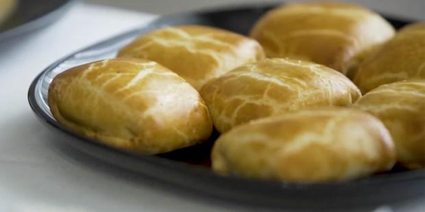 eucharistic congress pastry